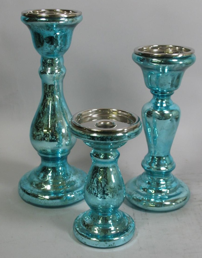 memories-and-more-blue-mercury-glass-candlesticks